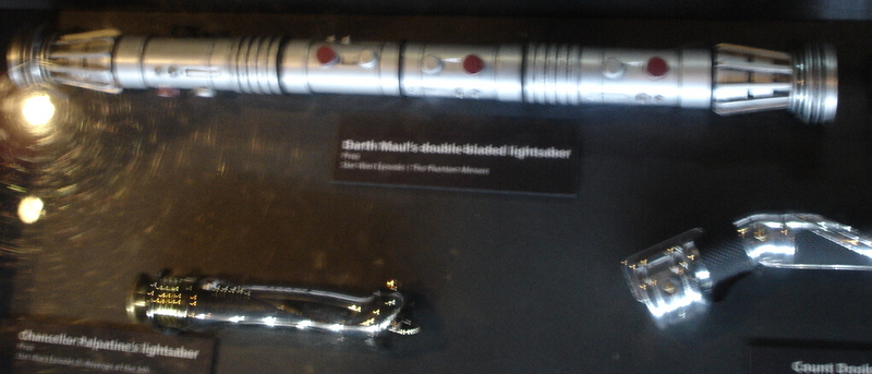 mos_darthmaul_lightsaber
