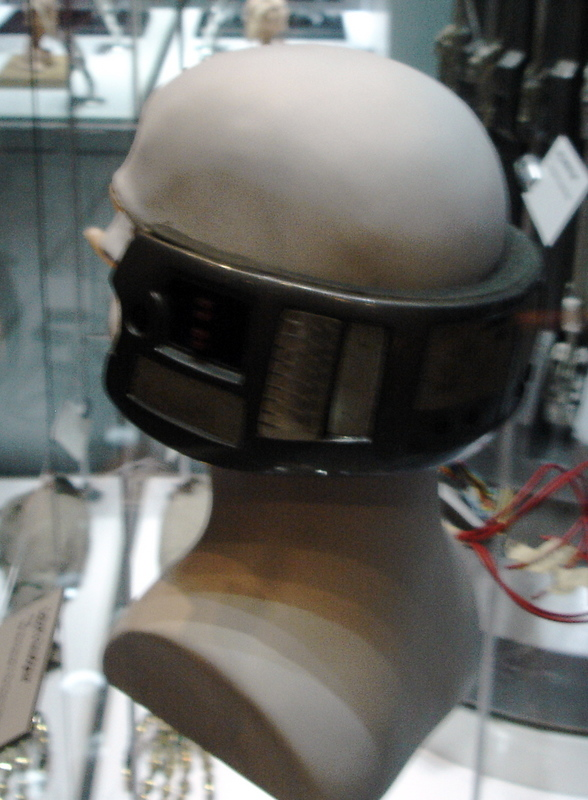 mos_lobot_head_prosthetic